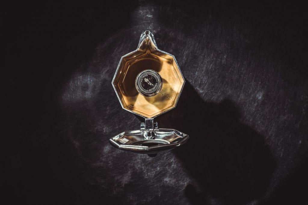 Emotionale Produktfotografie eines Espressokochers während eines Shootings für den Internetauftritt in Remscheid